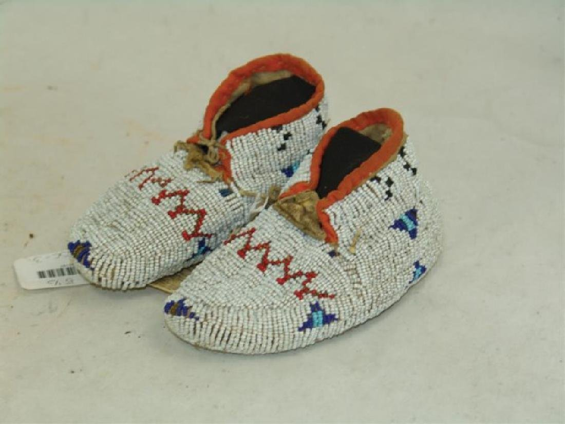 Cheyenne Fully Beaded Baby Moccasins - 4