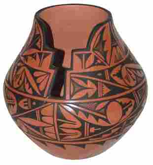 Jemez Pottery Laverne Loretto Tosa