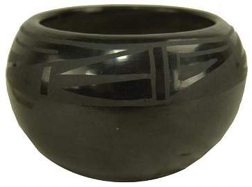 Santa Clara Bowl - Gregorita Chavarria (1905-2008)