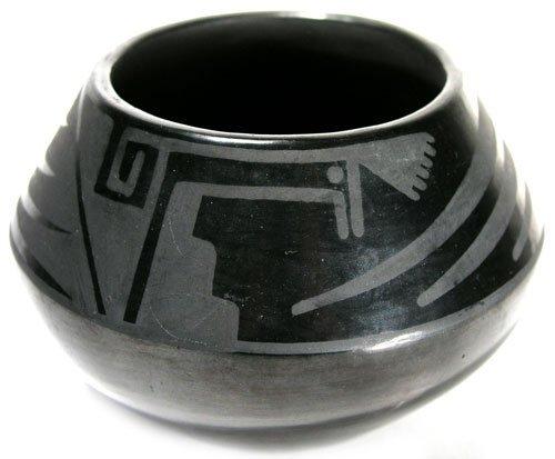510: San Ildefonso Pottery