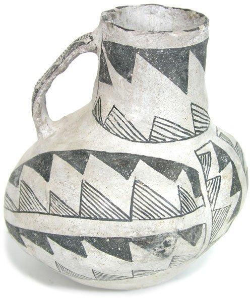 515: Anasazi Pottery