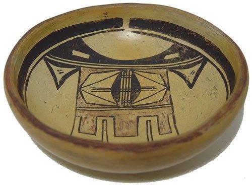 924: Hopi Pottery