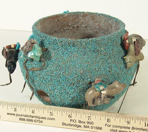 1002: Zuni Fetish Pot