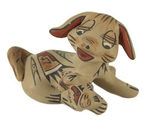 1015: Santa Clara Pottery Figure - Stephanie Naranjo