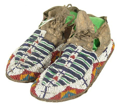 466: Sioux Beaded Moccasins