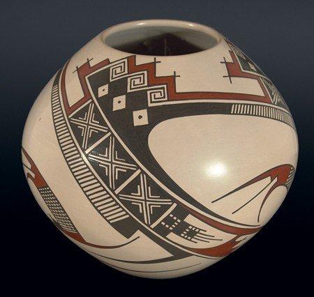 866: Juan Quezada Pottery Jar