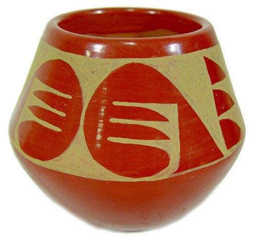 759: Carmelita Dunlap Pottery