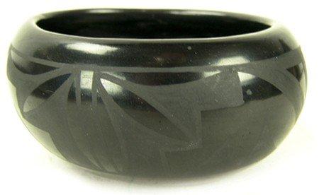 Santa Clara Pottery Bowl - Flora Naranjo