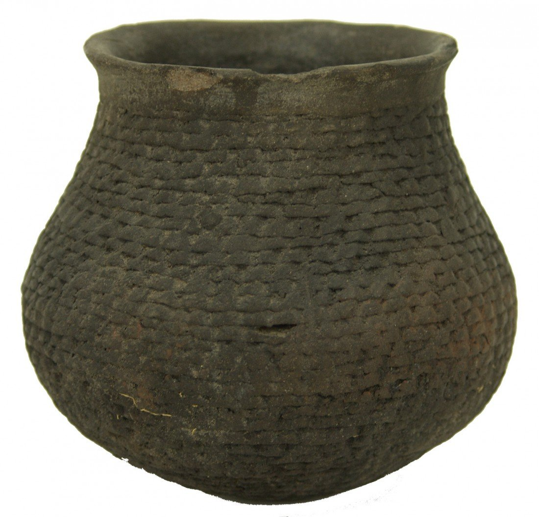 98: Anasazi Pottery Jar