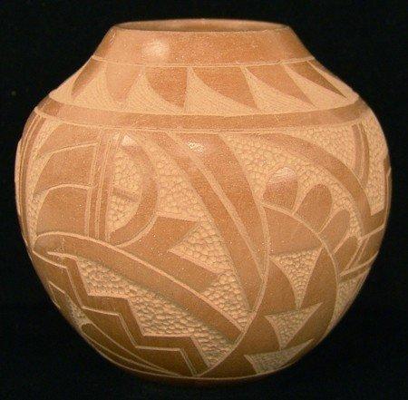 127: Jemez Pottery Jar - S. Madelena