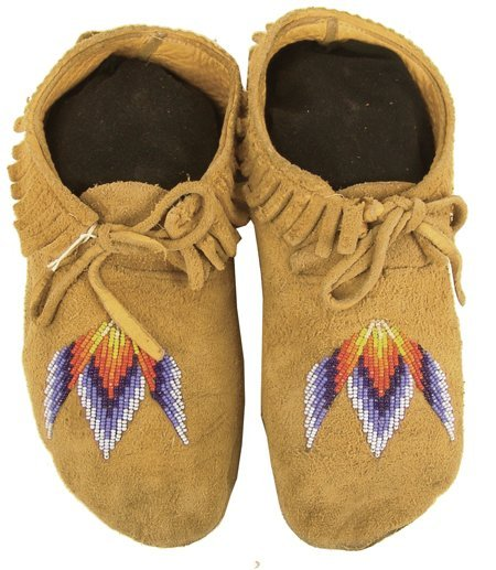 151: Plateau Beaded Moccasins