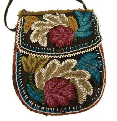 424: Iroquois Beaded Bag