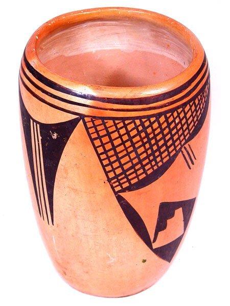 620: Hopi Pottery