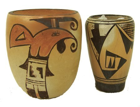 2 Hopi Pottery Vases