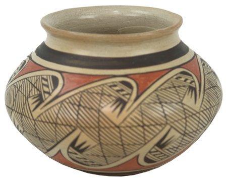 Hopi Pottery Jar - Leah Nampeyo