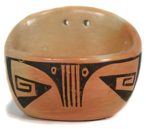 402: Hopi Pottery