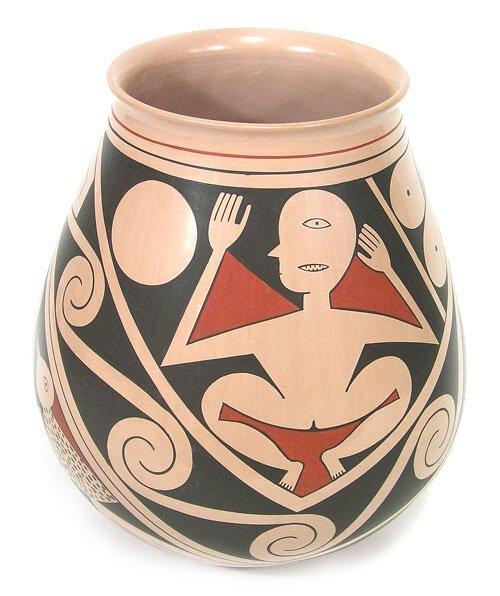 914: Mata Ortiz Pottery