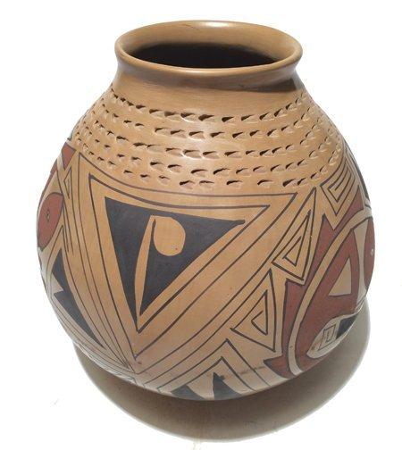 Mata Ortiz Pottery Jar  - Nicholas Silveira - 3