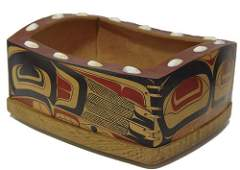 198: Jay Haavik Carved Box