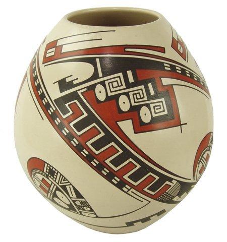 Mata Ortiz Pottery Jar - Juan Quezada