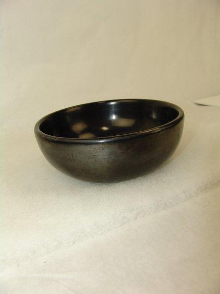 San Ildefonso Pottery Bowl - Maria Poveka - 4