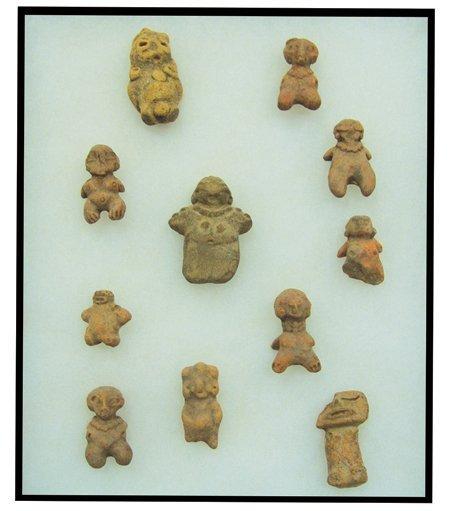 11 Mayan Pottery Figures