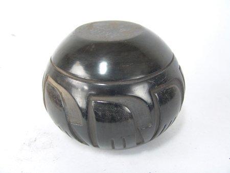 Santa Clara Jar - Pablita Chavarria (1914-1979) - 6
