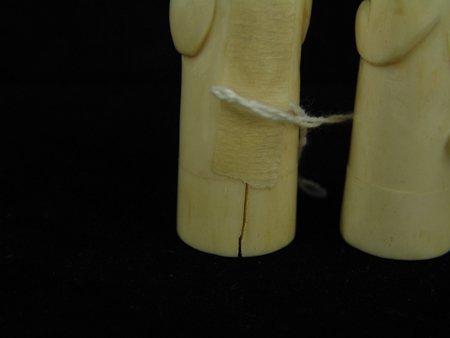 Eskimo Ivory Shakers - 8