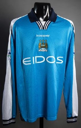 Jeff Whitley: a sky blue Manchester City match-issued