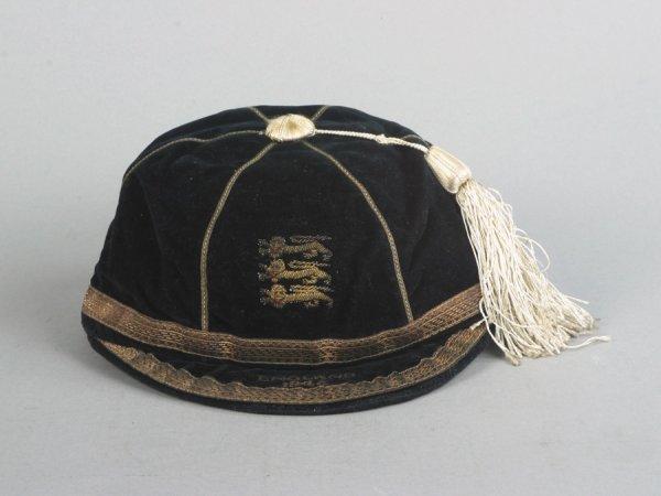 25: A dark blue England schoolboy international cap 194