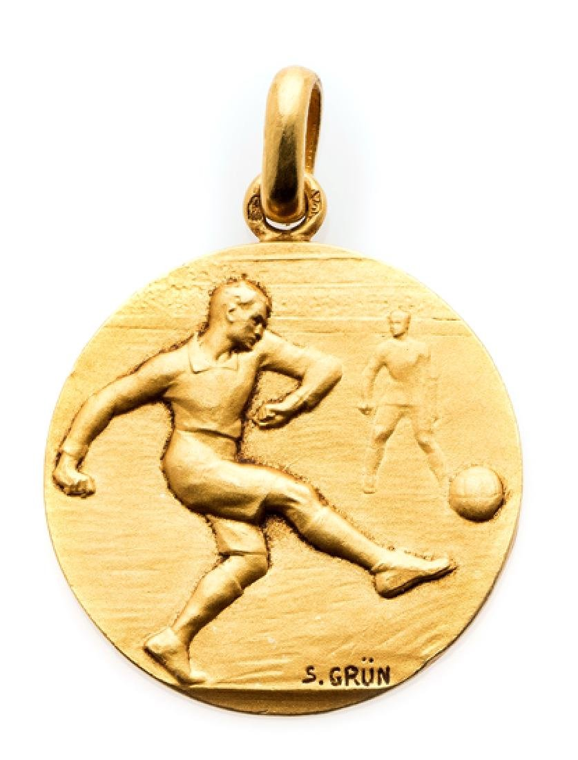18k. gold winner's Medal for the 1938 French Amateur
