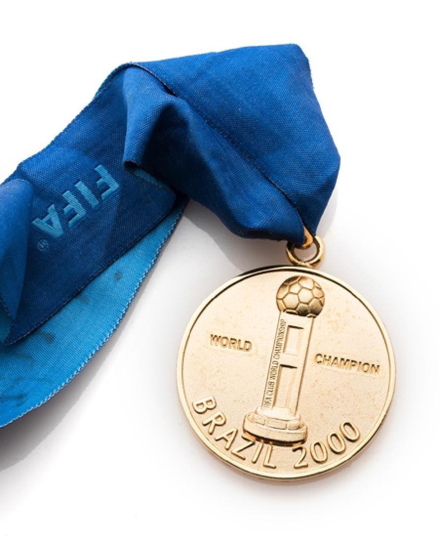 2000 FIFA Club World Cup winner's medal awarded to Edu