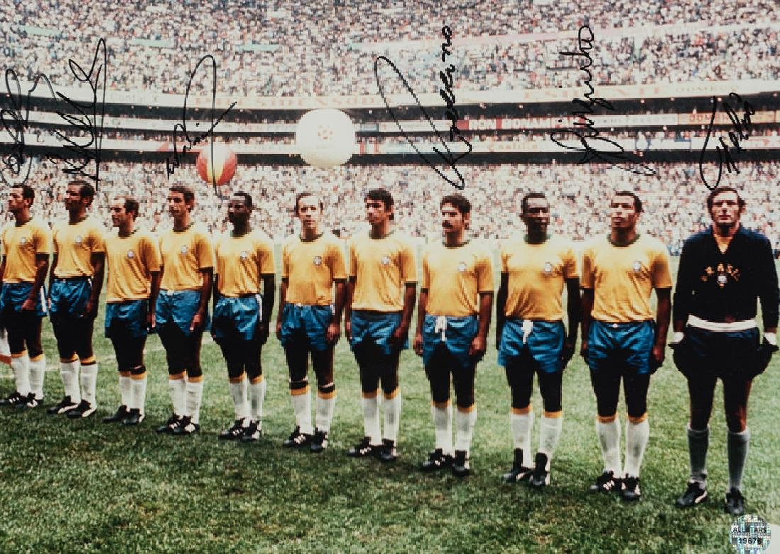 Photograph signed by the Brazilian 1970 World Cup