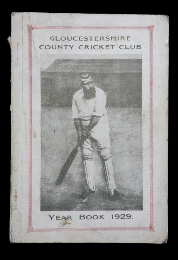 25: 11 Gloucestershire County Cricket Club Yearbooks, f