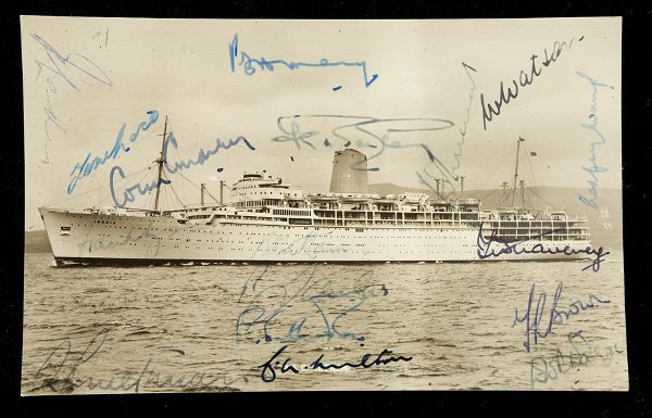 777: A b&w postcard of the P&O Iberia signed by the MCC