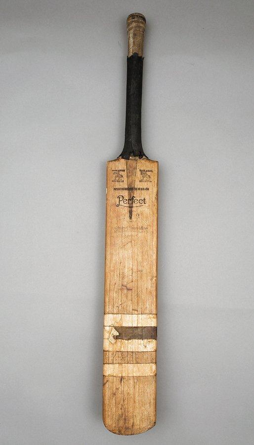 780: Herbert Sutcliffe 50,000th First-Class run bat, in