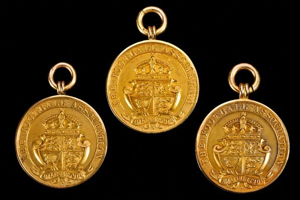 691: H S Robbins' triple F.A. Amateur Cup winning medal