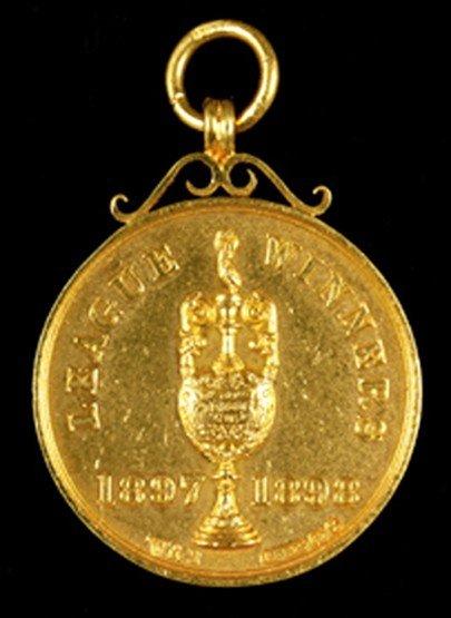 462: A 15ct. gold Sheffield United 1897-98 Championship