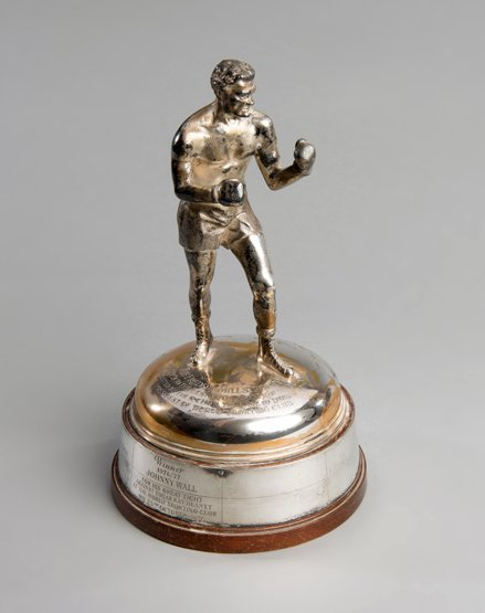 The Freddie Mills Trophy for World Sporting Club Boxer