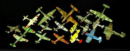 18 World War 2 Model Airplaces