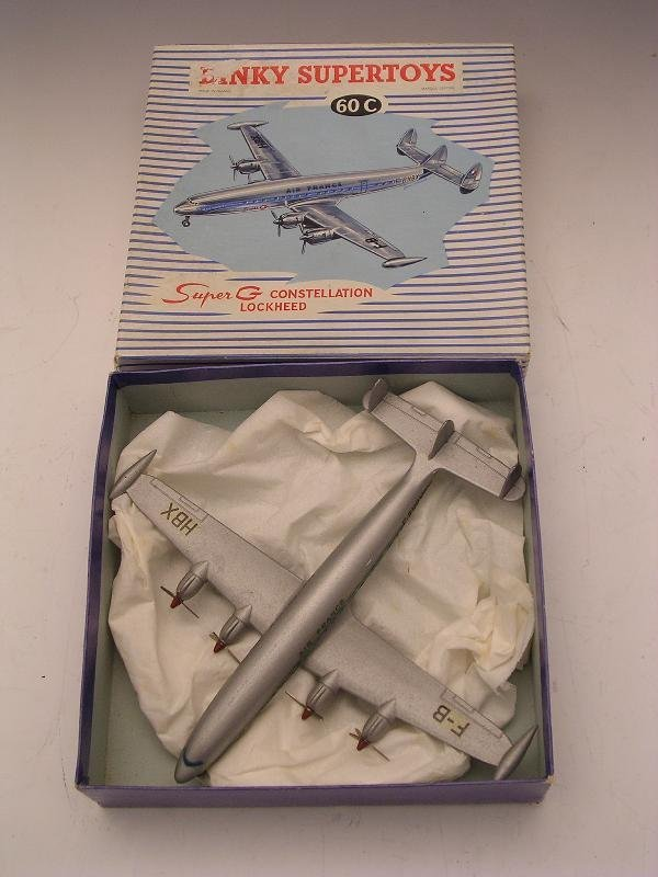 2009: DINKY SUPERTOYS 60C SUPER G CONSTELLATION