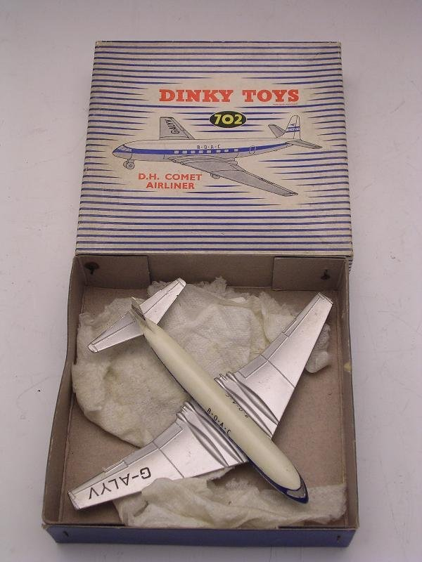 2012: DINKY TOYS 702 D.H. COMET AIRLINER, VERY GOOD,