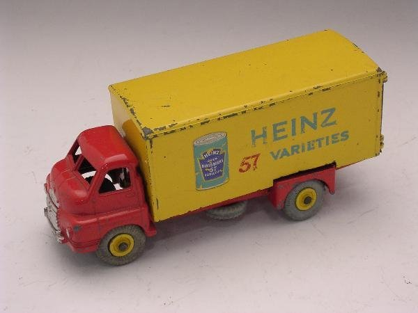 2016: DINKY TOYS BIG BEDFORD HEINZ LORRY WITH CAN DECAL