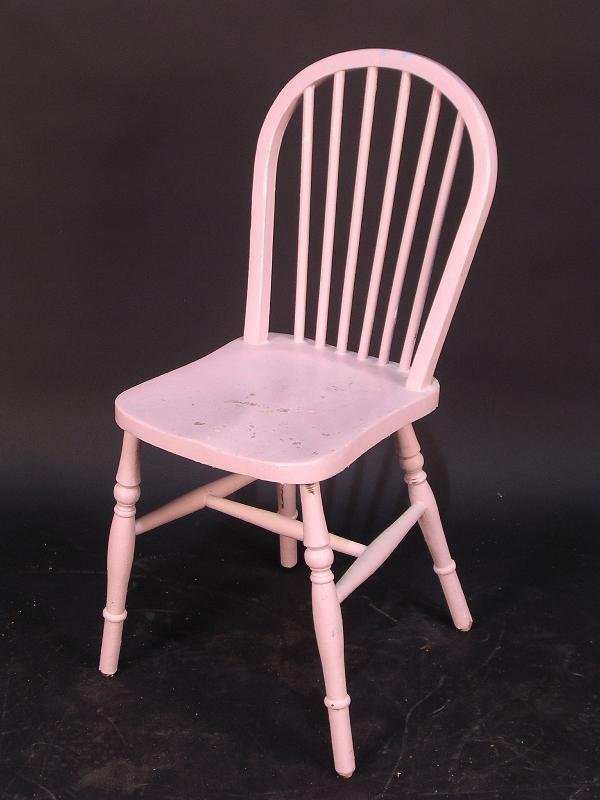 668: A MODERN PAINTED KITCHEN CHAIR, 88CM