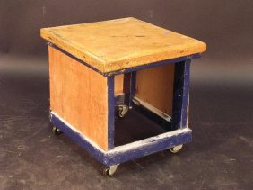678: A HOME-MADE SIDE TABLE OR FOOT STOOL, THE BLUE