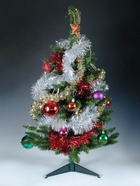 682: 'SYD'S' ARTIFICIAL CHRISTMAS TREE