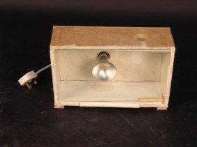 689: A HOME-MADE LIGHTBOX