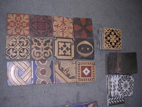 18: SEVENTEEN MINTON AND OTHER ENCAUSTIC TILES