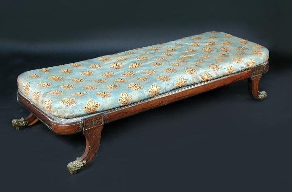 849: A REGENCY ROSEWOOD DAY BED