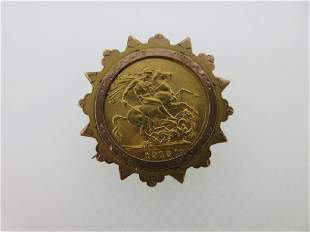 A 1915 sovereign in a brooch mount